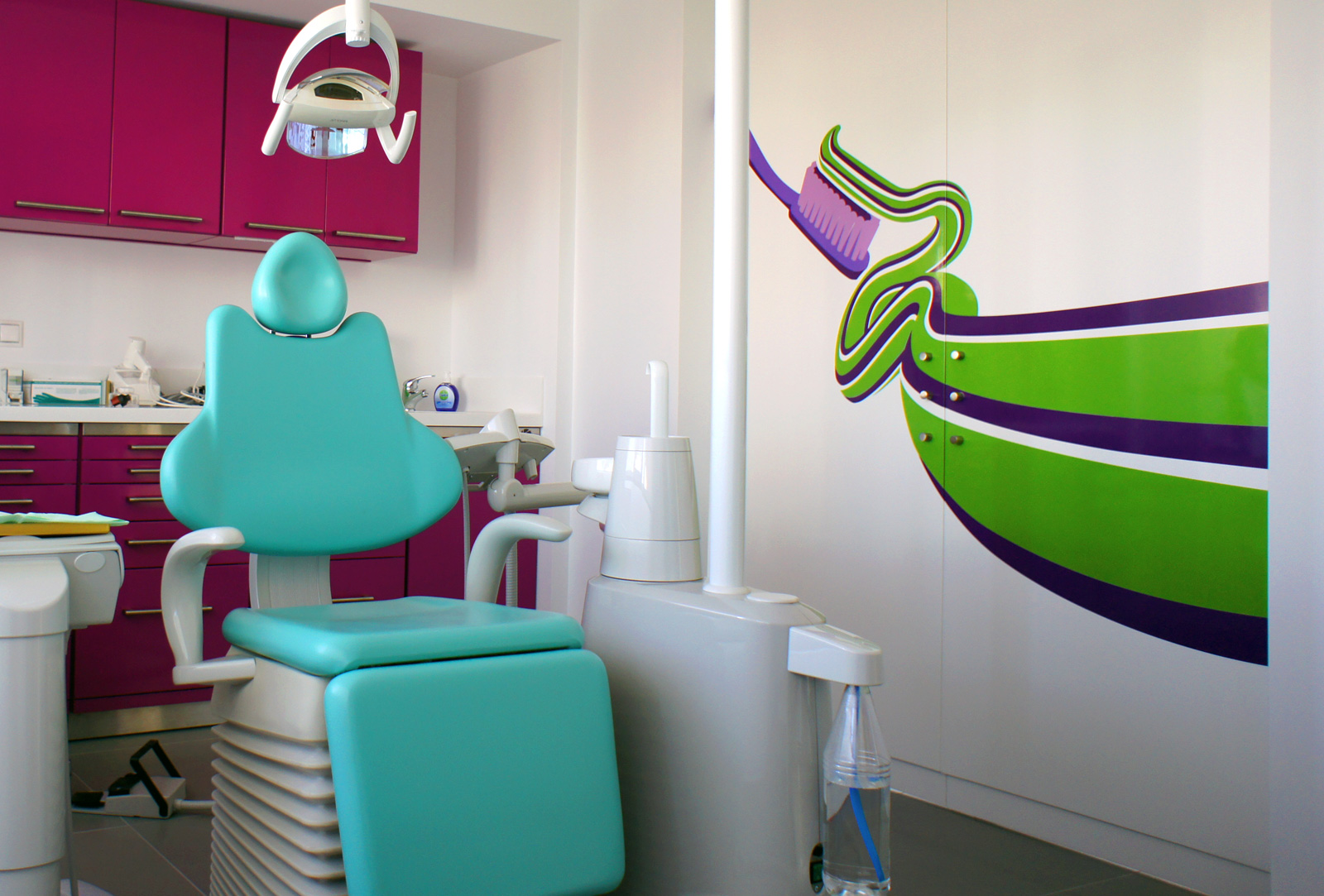 happy tooth interior
